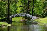 Luisium Park, wooden bridge over a moat, Garden Kingdom of Dessau-Woerlitz, Saxony-Anhalt, Germany, Europe