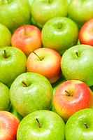 Green and red apples (thumbnail)