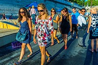 Paris, France, Group of Teenage Girls Promenading at Annual Event, Paris Beach, 'Paris Plage'