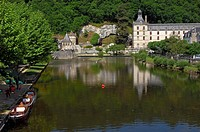 Saint Pierre Benedictine Abbey, Brantome, Dordogne, Perigord, River Dronne, France, Europe