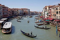 Grand Canal near the Rialto Bridge, Venice, Italy, Europe
