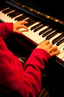 Child piano player
