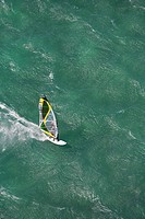 Hawaii, Maui, Windsurfing on north shore of Maui