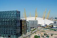 UK, England, London, O2 Arena Greenwich Emirates cable car