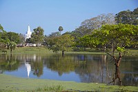 Thuparama Dagoba, Anuradhapura, UNESCO World Heritage Site, North Central Province, Sri Lanka, Asia
