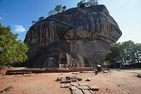 People climbing up Sigiriya, UNESCO World Heritage Site, North Central Province, Sri Lanka, Asia