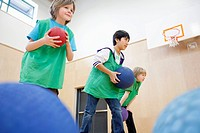 Elementary students playing in the gymnasium (thumbnail)