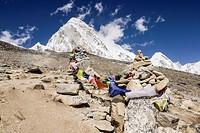prayer flags in the ascent to Kala Patthar Sagarmatha 5550mts Khumbu Glacier National Park, Khumbu Himal, Nepal, Asia