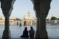 corridor around the ´ Sarovar´pond whose water is considered holy, inside Gurudwara Bangla Sahib, the most prominent Sikh gurdwara, or Sikh house of w...