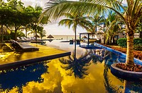 Infinity pool at Le Reve Hotel, Riviera Maya, Quintana Roo, Mexico