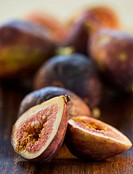 Figs on wood tray