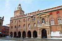 palazzo d´accursio, bologna, inverno 2012