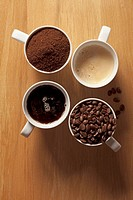Cups of coffee and coffee beans (thumbnail)
