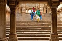 Visitors at Adalaj Vava step well built by Queen Rudabai Heritage site ; Ahmedabad ; Gujarat ; India