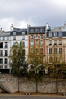 houses at Quai de l´Hotel de Ville, Paris
