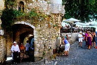 The medieval perched village of Saint Paul de Vence, Alpes-Maritimes, 06, French Riviera, Cote d'Azur, PACA, France