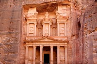 Petra archaeological site, the Treasury Al Khazneh, Jordan.