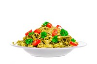 Green noodles with parsley and chile pepper