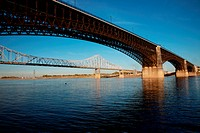 Eads Bridge on the Mississippi River, St. Louis, built in 1874 by James Eads