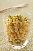 Chickpea and sultana salad