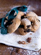 Mostaccioli (ring-shaped pastries with raisins, Italy)