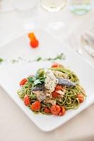 Tagliolini verdi con l'orata (pasta with gilt-head bream, Italy)