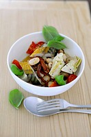 Bean salad with fish and artichokes