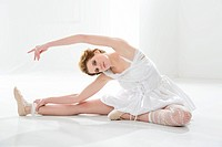 Young woman performing ballet dan