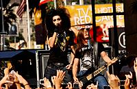 Tokio Hotel - Hollywood/California/United States - TOKIO HOTEL PERFORMS AT HOLLYWOOD AND HIGHLAND