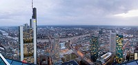 04.03.2009, Frankfurt, DEU, Germany, from left to right, the headquarters of Commerzbank AG, European Central Bank and two highrises of Dresdner Bank ...