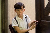 THE BOY IN STRIPED PYJAMAS ASA BUTTERFIELD