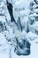 gefrorenerWasserfall im Tal Atndalen, Hedmark Fylke, Norwegen, November 2011