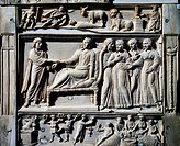 Christ resurrects the daughter of Jairus, detail from the Reliquary (relics chest) in ivory, Brescia, 4th century.  Brescia, Museo Civico Dell'Età Cri...