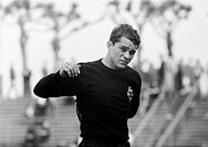 Fussball, Bundesliga, Saison 1966/1967, Wedaustadion in Duisburg, MSV Duisburg gegen Borussia Moenchengladbach 1:3, Fussballspieler, Portraet von Torw...