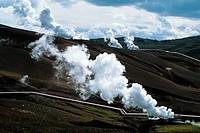 ICELAND, MYVATN LAKE AREA, NAMASKARD VOLCANIC AREA, KRAFLA GEOTHERMIC POWER STATION, PIPES FOR STEAM.
