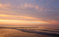Evening atmosphere on the Baltic Sea, Fischland-Darss-Zingst, Mecklenburg-Western Pomerania, Germany