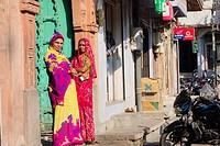 Women at the streets of Jodhpur.