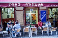 Casa Andres, Bar terrace, Calle Barrera, Coruña city, Galicia, Spain.