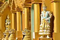Myanmar, Yangon (Rangoon), Shwedagon pagoda.