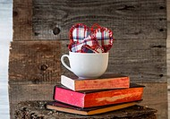 Three Hearts board white mug books