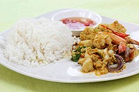 Seafood yellow curry powder stir Fried with steam rice