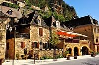 La Roque Gageac, Dordogne Department, Aquitaine, France.