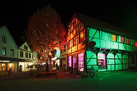 "D-Recklinghausen, Ruhr area, Westphalia, North Rhine-Westphalia, NRW, """"Recklinghausen leuchtet"""", festival illumination in the historic downtown, hal..."