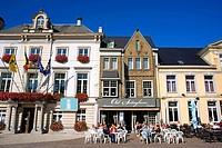 Old Sotteghem restaurant and Brasserie and information center and Stadhuis in Vestenstraat, Zottegem, Belgim.