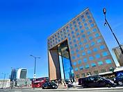 London, England, UK. No1 London Bridge office building. 20 Fenchurch Street - ´Walkie Talkie´ building across the river.