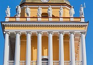 Admiralty building, completed in 1823 by Adrian Zakharov, St Petersburg, Russia