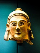 Terracotta head. Cypriot culture 700-500 BC. British Museum - London, England.