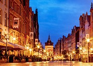 Poland, Pomeranian Voivodeship, Gdansk, Old Town, Long Street at twilight.