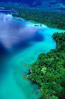 Miramar Lake, Lacandon Jungle, Chiapas, Mexico / Lago Miramar, Selva Lacandona. La Selva Lacandona tiene una superficie de 584 mil hectareas represent...