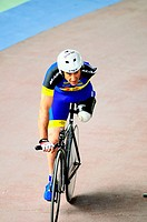 Amputee, track cycling race